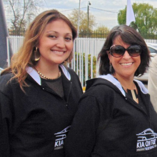 Tell magazine curic se llena de sorpresas junto al kia for Viveros en rancagua